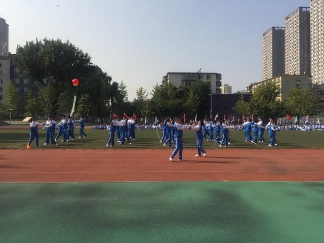 华外队列会操表演班级进行韵律操表演中5.jpg